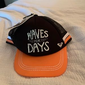 Tidy Waves for Days Hat